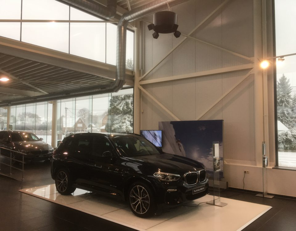 BMW garage 4